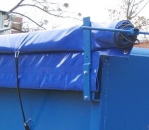 Zakrytí otevřených kontejnerů
